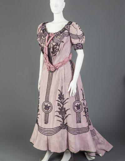 Traje utilizado por Matilde Rodríguez en la obra La dicha ajena - J y S Álvarez Quintero - 1907